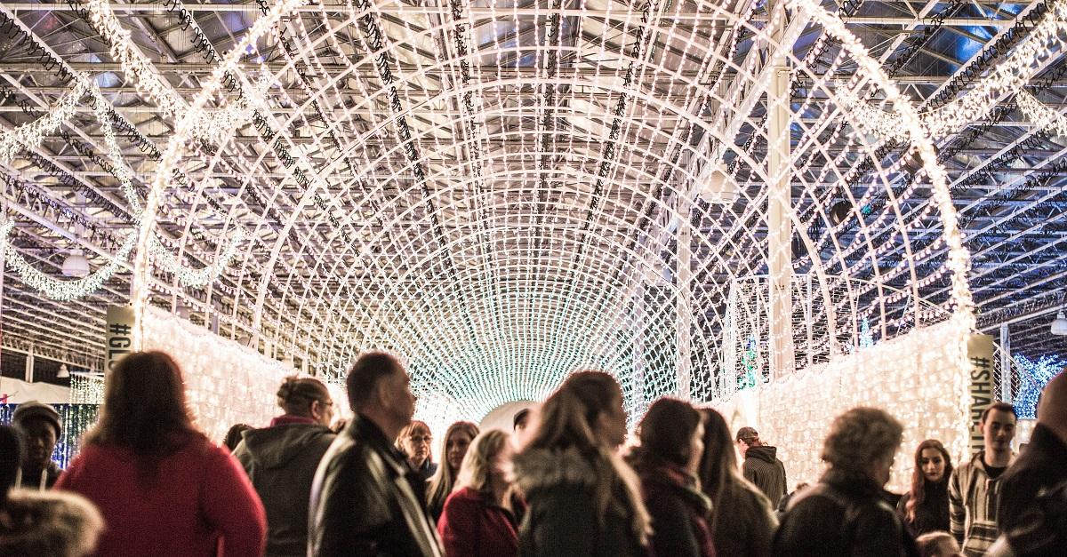 Best Christmas Lights Displays in Edmonton - Glow Edmonton ...