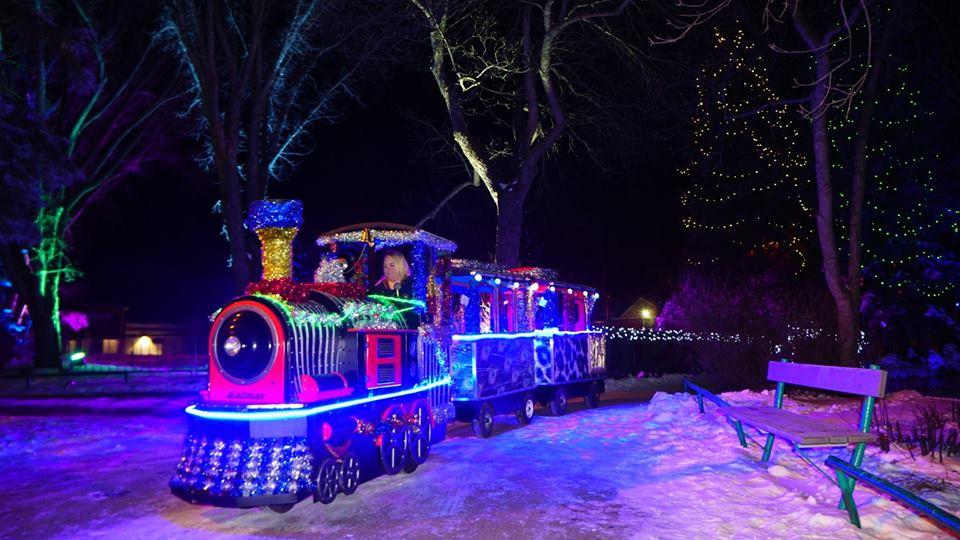 Kids on Train Christmas