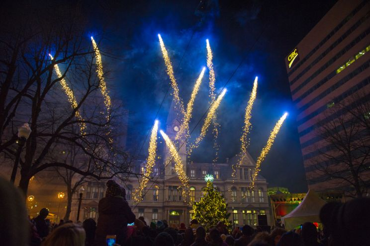 Fireworks going off at the annual Halifax Santa Claus Parade. Source : https://www.halifax.ca/recreation/events/halifax-christmas-tree-lighting