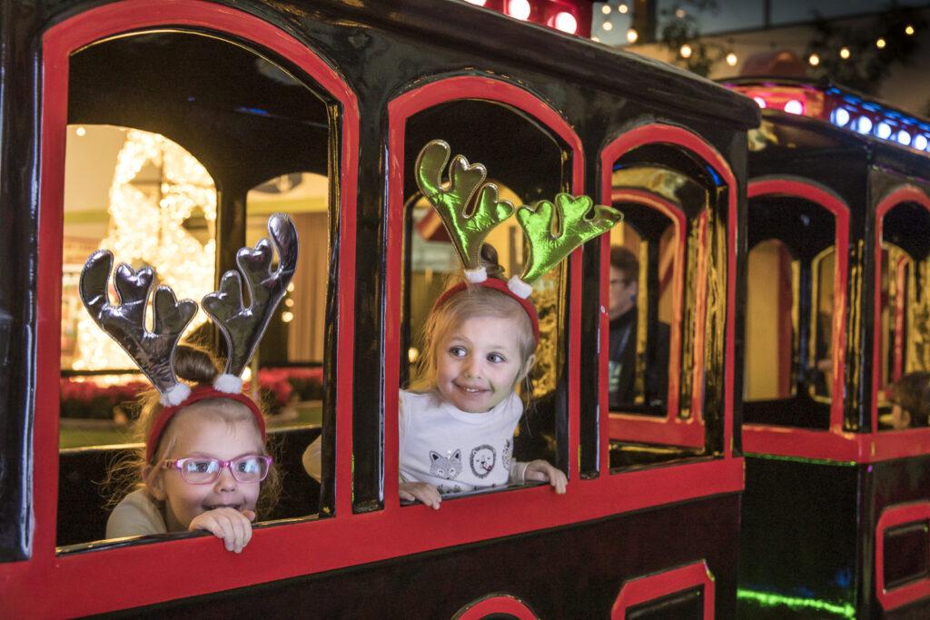 Christmas Glow Toronto Kids