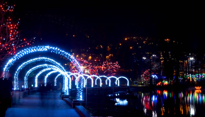 Christmas Lights in Lafarge